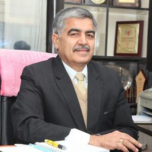 Prof Dr G L Khanna